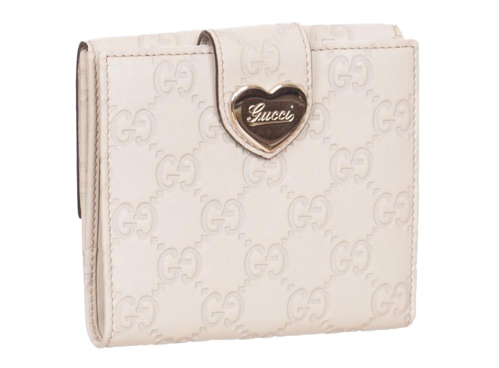 2cf8bbbd59b3 Gucci White Cream GG Guccissima Heart Bi Fold Wallet