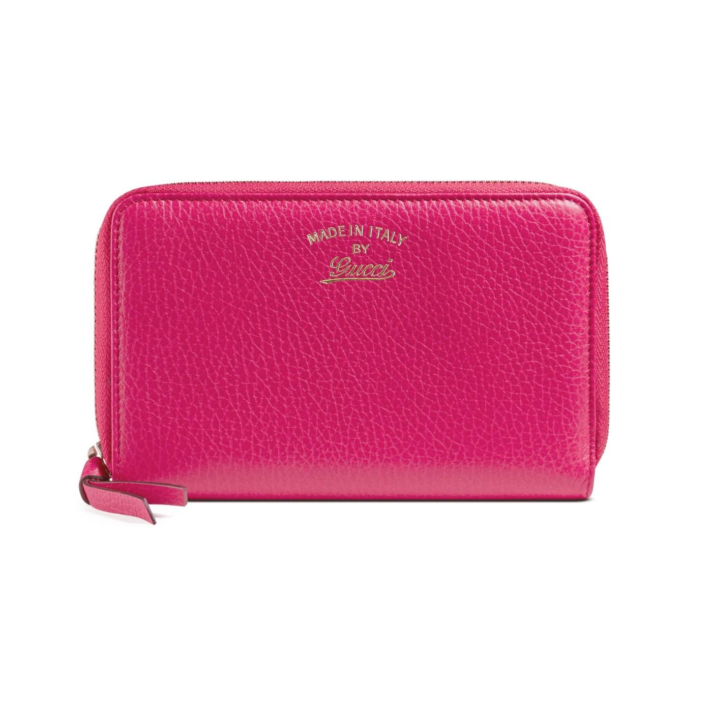 71df5bd78bc Gucci Women s Fuchsia Leather Swing Zip Around Wallet
